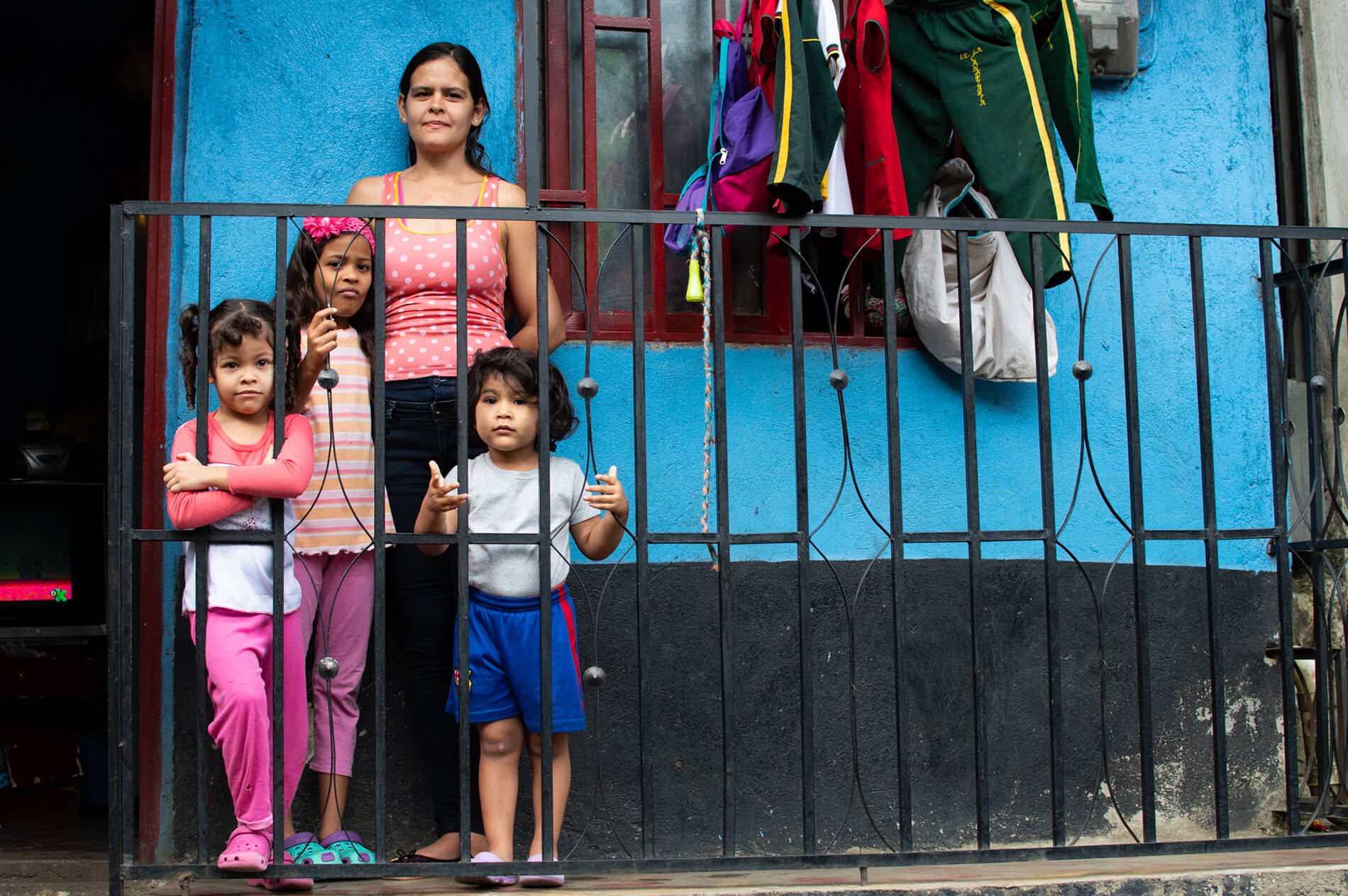 A picture of a scene from the streets of Medellín, Colombia